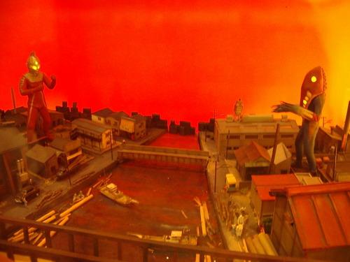 『狙われた街』のジオラマ